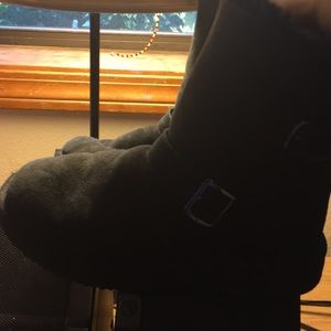 Shoes - Black Furry Boots
